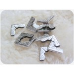 Taschenecken - Metallecken mit Prägung